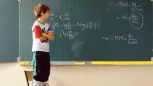 Enfant L'inflation des pretend enfants surdoués
