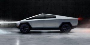 Camping Tesla présente son Cybertruck, un 4×4 futuriste avec 800Km d'autonomie (vidéo)