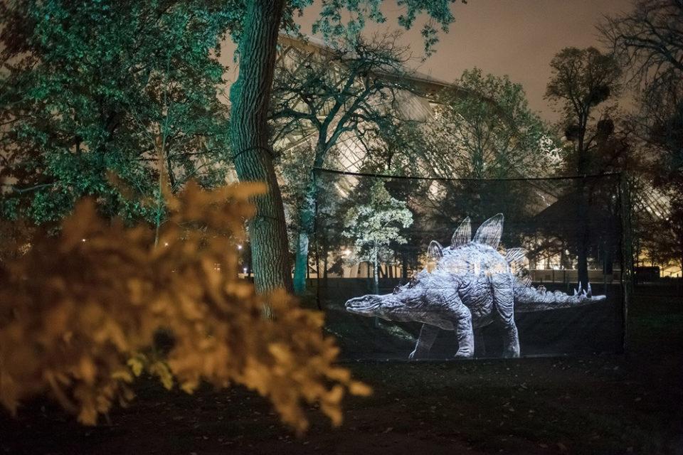Jardin Prehistoric Safari de Julien Nonnon, les dinosaures envahissent Paris !