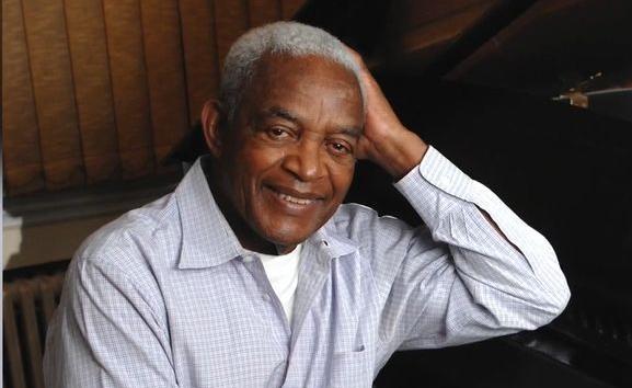 Musique Le compositeur américain Irving Burgie, qui a popularisé le calypso, est mort