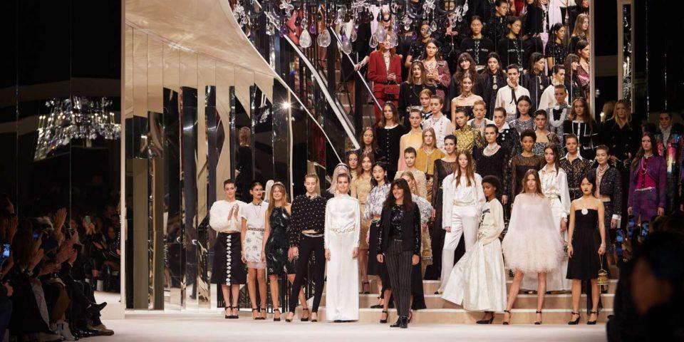 Bijoux Chanel, un défilé métiers d'artwork sur les traces de Coco