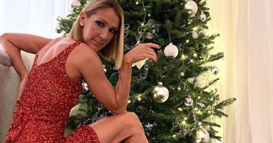 Chaussures Seule Céline Dion pouvait oser de tels escarpins pour Noël