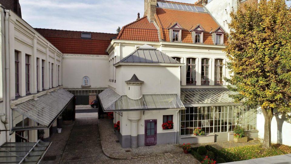 Lingerie Lancement d'une collecte nationale de dons pour la restauration de la maison natale de Charles de Gaulle à Lille