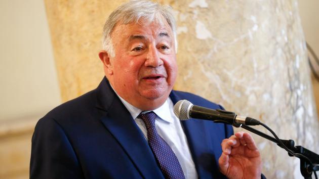 Bureau Retraites: Gérard Larcher guarantee que les sénateurs respecteront «la loi»