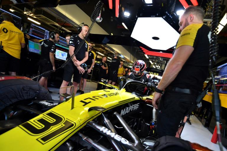 Bagage F1: Esteban Ocon, jaune de plaisir, retrouve la piste avec Renault