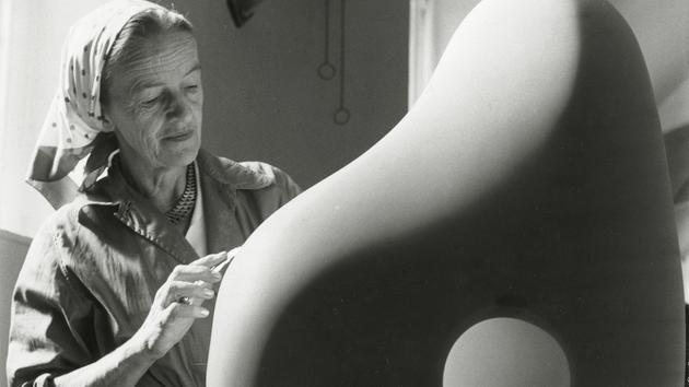 Musique Barbara Hepworth, taillée dans la pierre