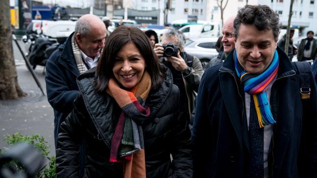 Bagage Municipales à Paris: les 24 premières heures de campagne d'Anne Hidalgo