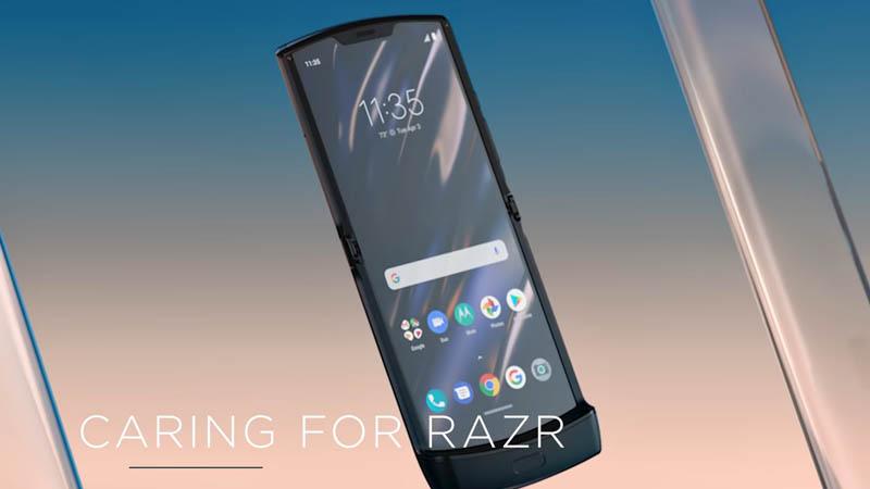 Jouet Motorola RAZR : sigh prendre soin de son smartphone pliable ?