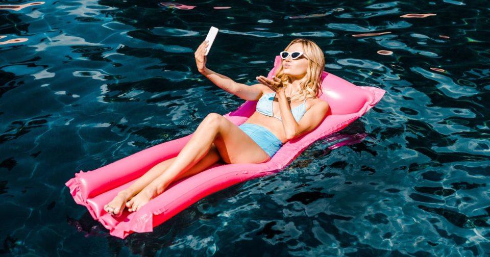 Bikini Plus vous vous déshabillez sur Instagram, plus vos photos ont des possibilities d'être vues