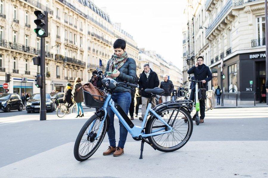 Bagage Succès de Véligo : sa flotte va accueillir 5000 nouveaux vélos électriques à la scheme