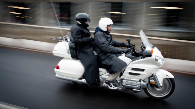 Bagage Uber lance un carrier de taxi moto en région parisienne